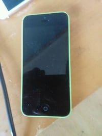 Iphone 5c *Read Description* Calverton, 20705