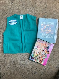 Girl Scout vest and handbooks  Woodbridge, 22193