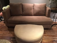 Beautiful couch and foot stool/ table  Beaconsfield, H9W 2N2