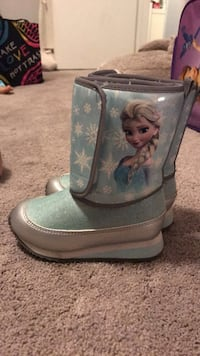 Toddler  Frozen  Boots.  H&M size 7.5 Los Angeles