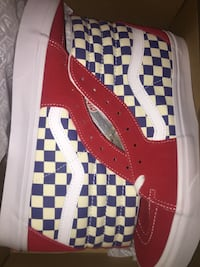Red high top vans 1789 mi