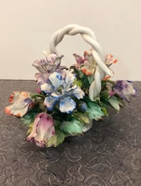 Porcelain Ilaly Capolimonte Lg. Flower Basket Dade City, 33523