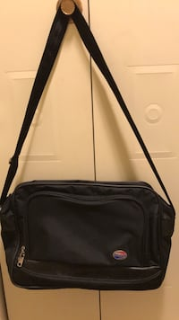 2   Bags.  Same size.  American tourister carry on bags Auburn, 13021