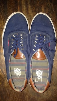 Pair of blue vans low-top sneakers light wear and tear will be cleaned Pascoag, 02859