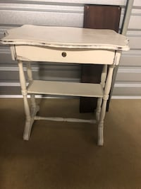 white and gray wooden computer desk Leesburg, 20175