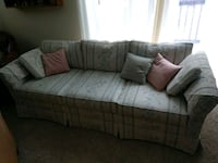 Couch Brockport, 14420