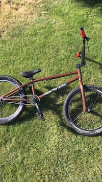 Free agent bmx bike | Practically new Surrey, V3S 4G2