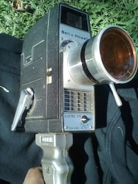 Bell and Howell 8 mm antique  video camera. Great  Visalia, 93291