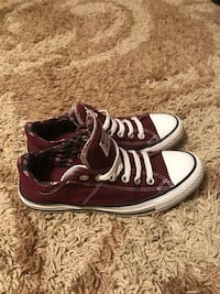 Womens size 8 converse. Only worn twice  Norway, 29113