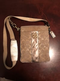 Coach Purse Kingston, K7K 1G4