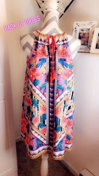Gorgeous summer dress with a very pretty pattern..  Salem, 03079