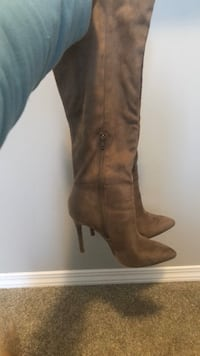Suede Boots with Heel, Size 8.5