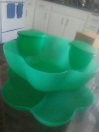 Green plastic bowl with tray Anaheim, 92802