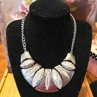 Gorgeous! Silver Statement Necklace Gainesville, 20155