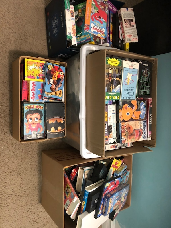 Used Assorted Vhs Movies For Sale In Sterling Heights Letgo