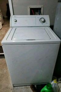 white top-load clothes washer League City, 77573