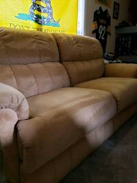 Lazy boy couch and over size recliner  Rising Sun, 21911