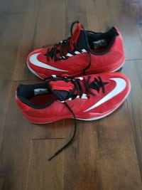 Nike zoom run the one as 8.5 Mississauga, L4W 5G9