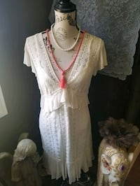 Pretty Lacey Dress , petite / small St. Albert, T8N 3V6