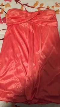 Peach strapless mini dress  size  medium from boutique le château