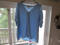 Michael Kors  v-neck blouse XL Renton