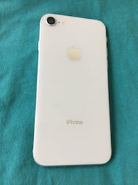 Silver unlocked iPhone 8 64gb Mississauga, L5B