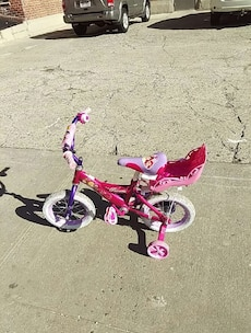 children's pink Disney princesses training bicycle