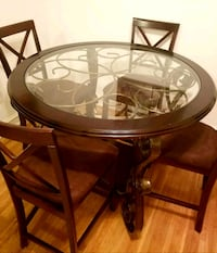 round brown wooden dining table NO GLASS TOP Philadelphia, 19131
