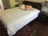 Queen bedroom set with night table,mirror, box spring and mattress Montréal, H4K 2Y5