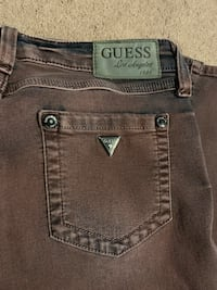 Guess jeans Pittsburgh, 15224
