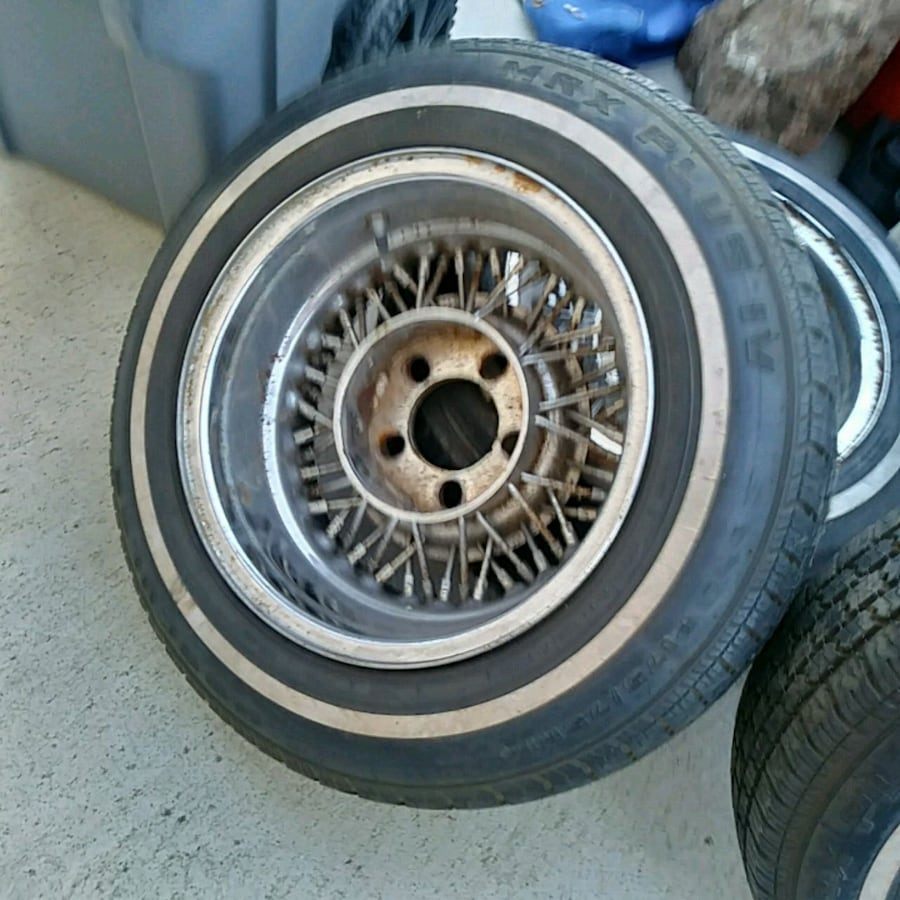 Lowrider rims. Still have them 4/01/2020 0