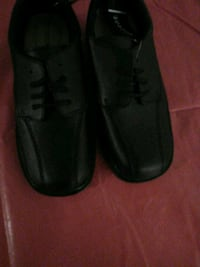 pair of black leather loafers Columbus, 43207