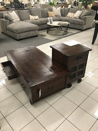 Coffee / cocktail and end table Santa Ana, 92706
