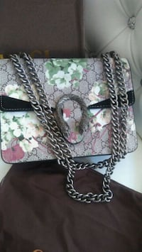 Gucci green and black floral  crossbody bag Mississauga, L5W 1P1