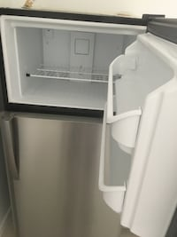Like New Refrigerator for Sale - $500  NEWORLEANS