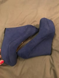 Blue wedge heels  Fort Wright, 41011