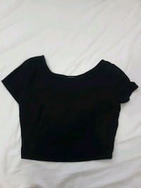 black crop top from forever 21 size large Vancouver, V5S 2N8