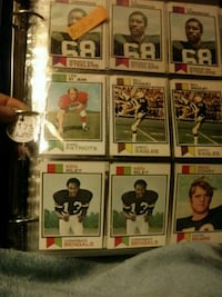 nine assorted football trading cards Wooster, 44691