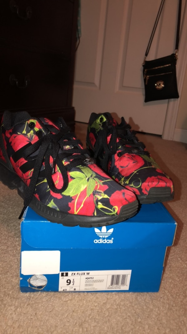 dc78a8950f50 Used adidas zx flux for sale in Lawrenceville - letgo