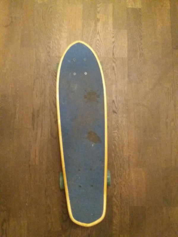 Globe penny skateboard. Good condition.