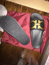 Authentic Salvatore Ferragamo Slides  Toronto, M2M 2M1