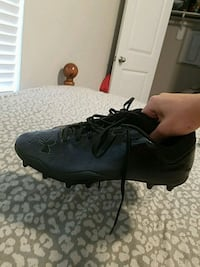 New Under Armour size 11 football cleats Houston, 77044