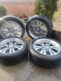 6 bolt 270 /45/ R20 rims tires