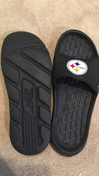 Steelers size 9 men's slides brand new