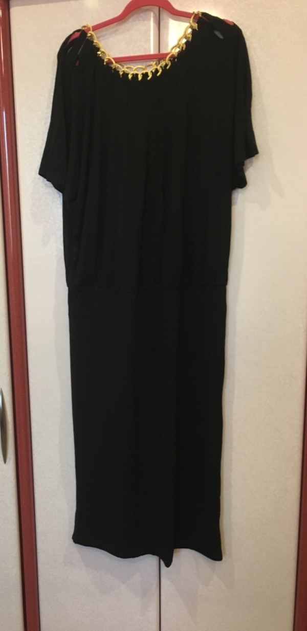 Used Womens Black Maxi Dress With Gold Collar Comes With Gold Belt