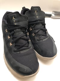 Black and Gold Jordan's (Good Condition) 44 km