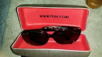 Fisaly lady's sun glasses Calgary, T2A 0X3