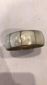 Fashion Jewelry mother pearl bracelet Las Vegas, 89117