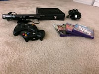 XBOX 360 Kinect w/3 games and 2 controllers 39 km