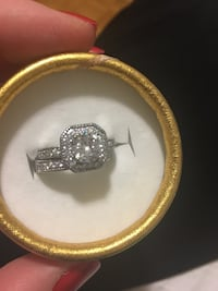 925 sterling silver ring size 6 Mississauga, L5A 3X1